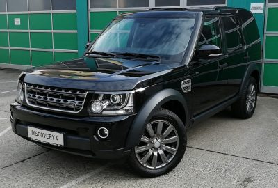Land Rover Discovery 3,0 SDV6 Fiskal S Aut. bei Autohaus Dobersberg in